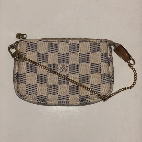 d7e189aaa37b Louis Vuitton Handbags - Authentic Louis Vuitton Damier Azur Mini Pochette